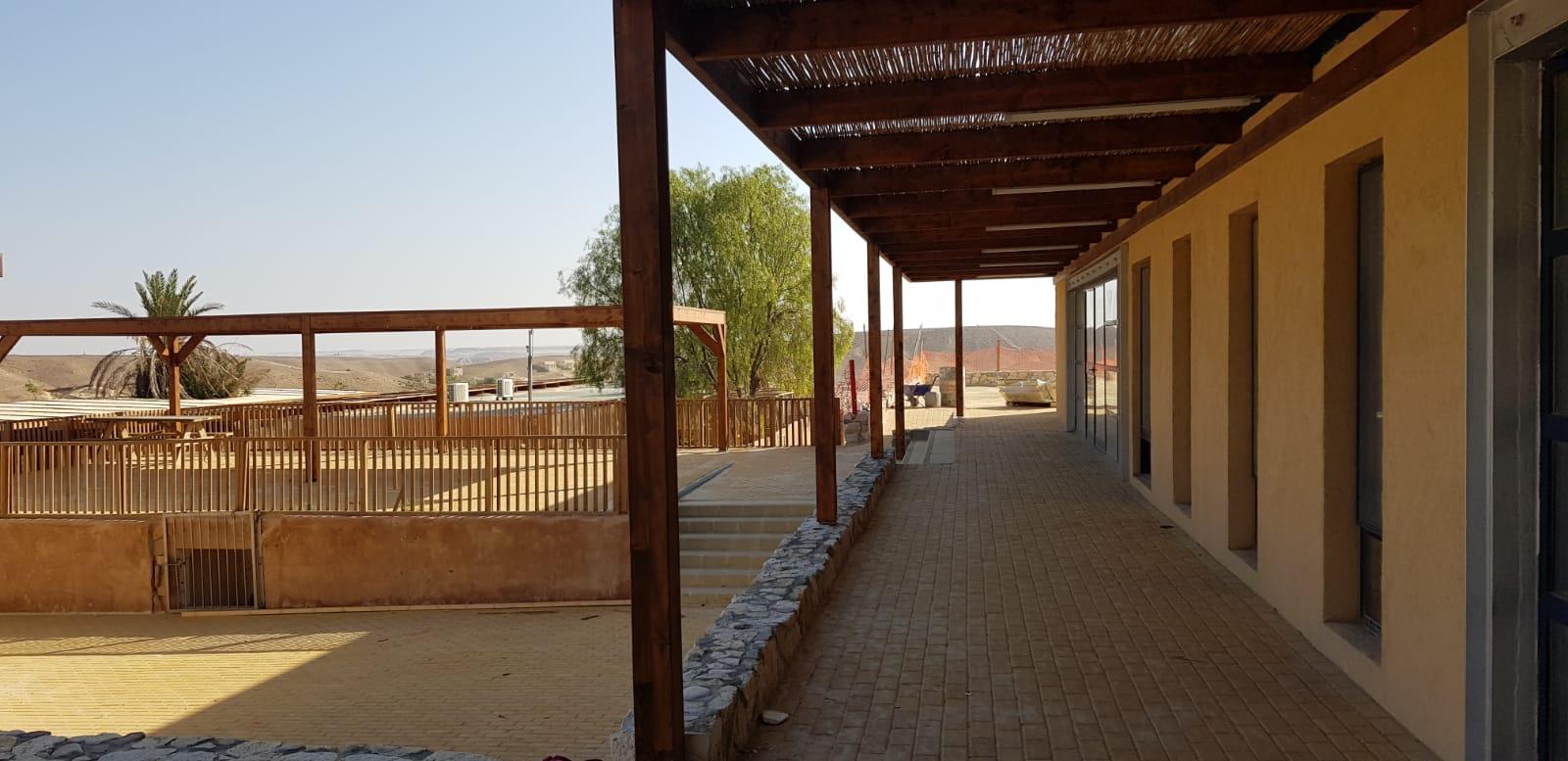 שיקום ופיתוח כפר האומנים צוקים תמונה 1